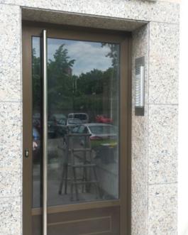 Portal Edificio Aluminio
